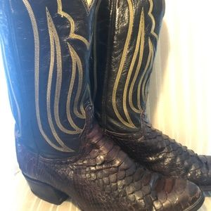 Authentic Tony Lama Python Cowboy Boots - 10D